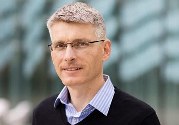 """אריק אקודן, מנהל הטכנולוגיה הראשי של הקבוצה וראש הטכנולוגיה והארכיטקטורה. צילום: יח""""צ"""